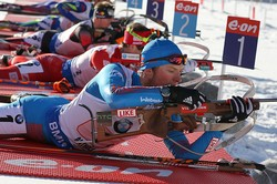 Российские биатлонисты— бронзовые призеры эстафеты на этапе Кубка мира в Антхольце