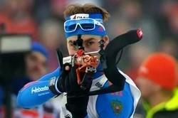 Антон Шипулин выиграл гонку преследования на этапе Кубка мира в Холменколлене