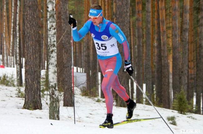 Победитель в гонке на 15 км классическим стилем Сергей Устюгов